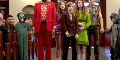 Ben (Viggo Mortenson) and family in Captain Fantastic